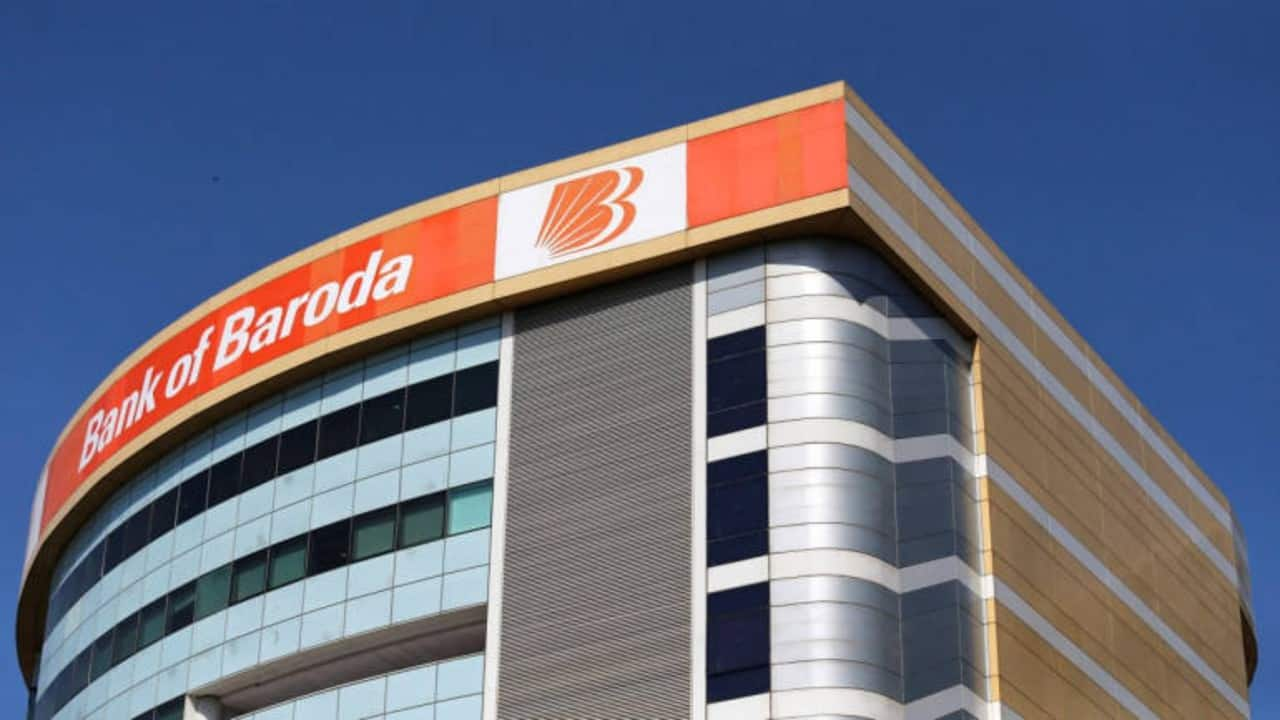 Bank of Baroda: The bank posted loss of Rs 1,046.5 crore in Q4FY21 against profit of Rs 506.59 crore in Q4FY20. Net interest income rose Rs 7,106.62 crore from Rs 6,798.18 crore YoY.